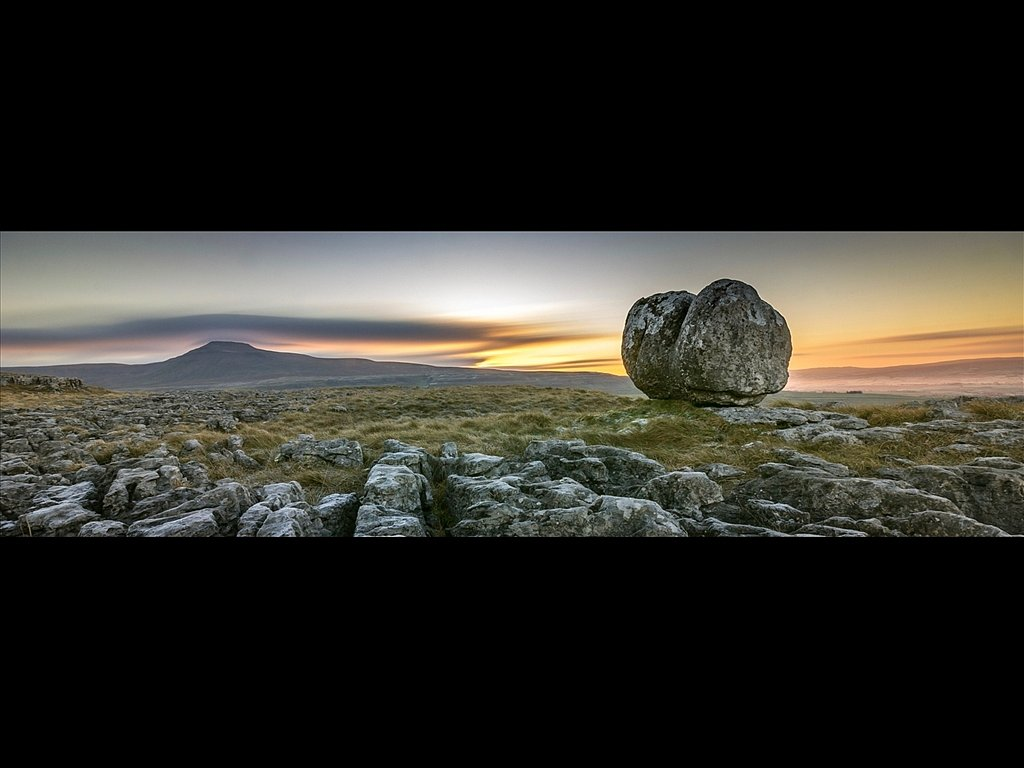 Erratic Sunrise (c) Charlie Gott [Highly Commended]