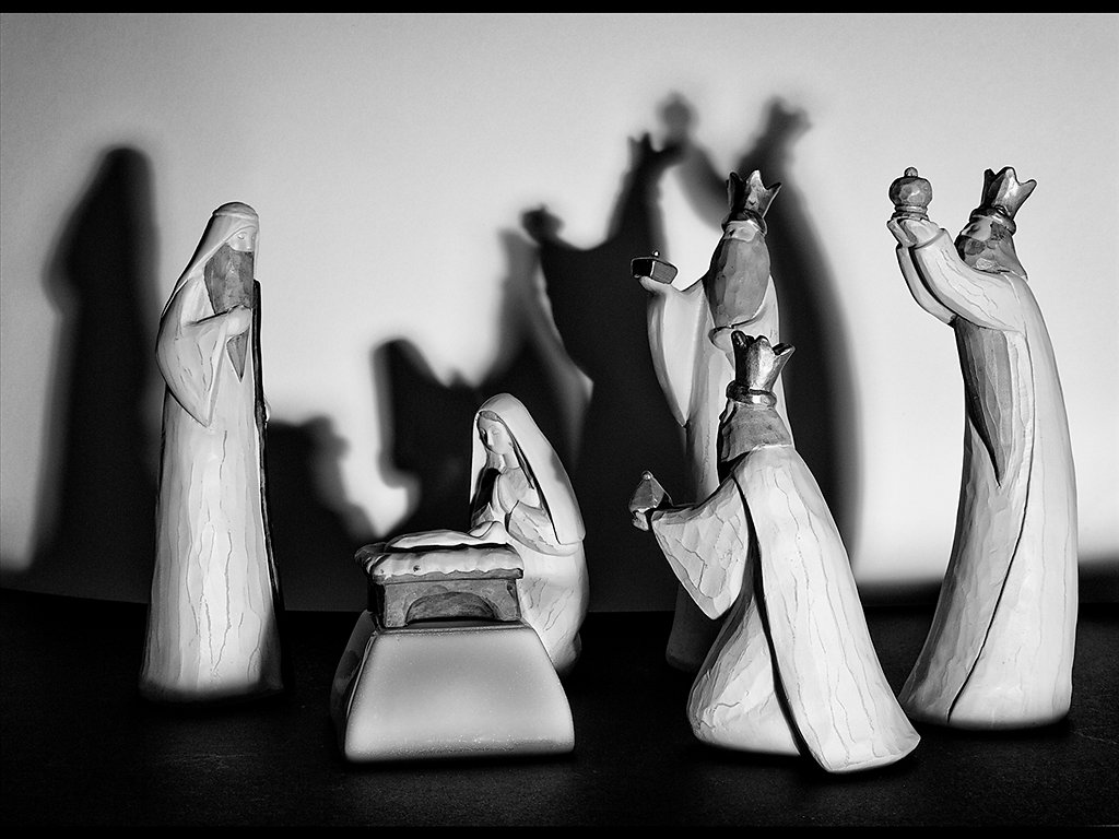 nativity shadows (C) Ken McGrath