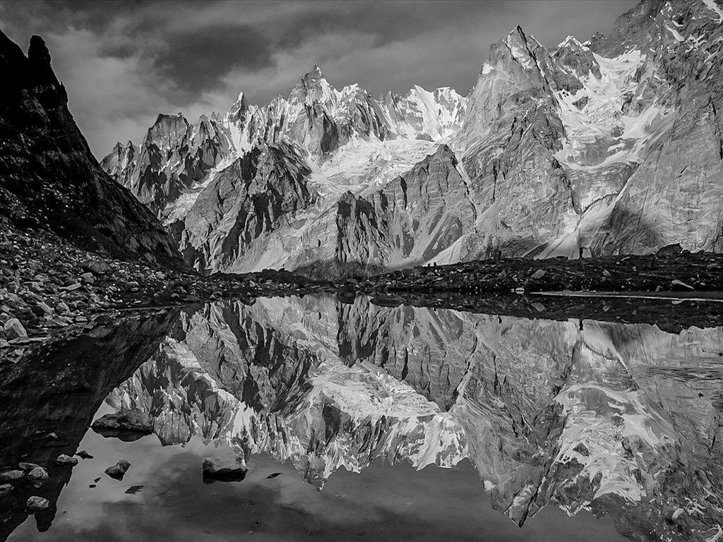Karakoram Reflection (C) Allan Hartley