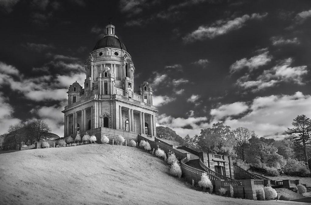 'The Ashton Memorial' Copyright (C) Kirsty Railton 2018