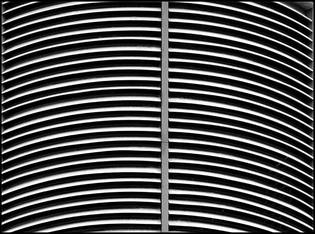 'Air Vent' Copyright (C) Phil Almond 2018