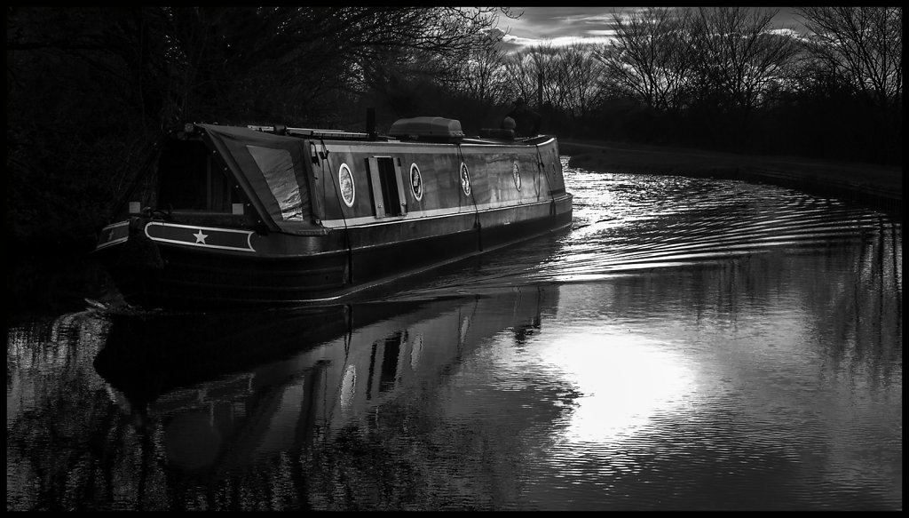 'Canal Life 3' Copyright (C) Carole Wetherley 2019