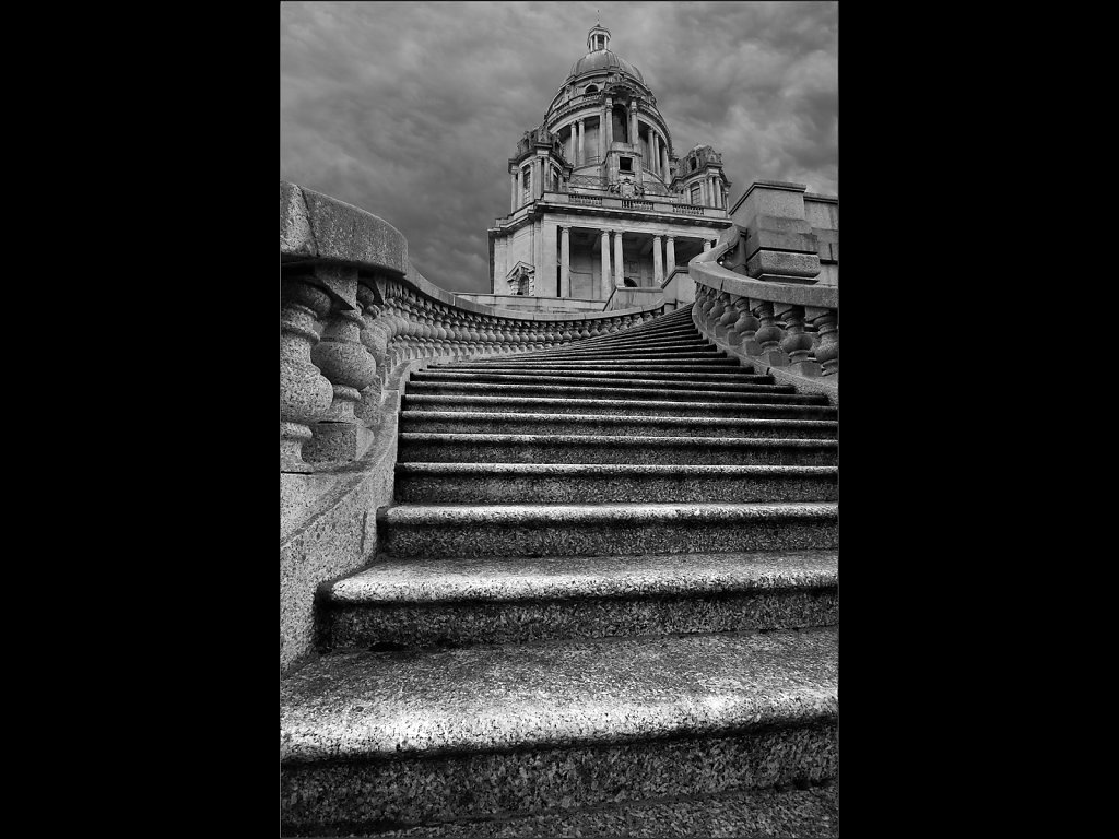 Steps to the Ashton Memorial