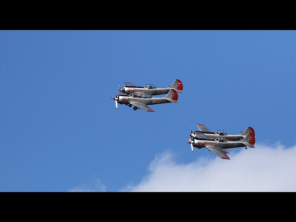 Yakovlevs display team (c) Mike Johnson [Highly Commended]