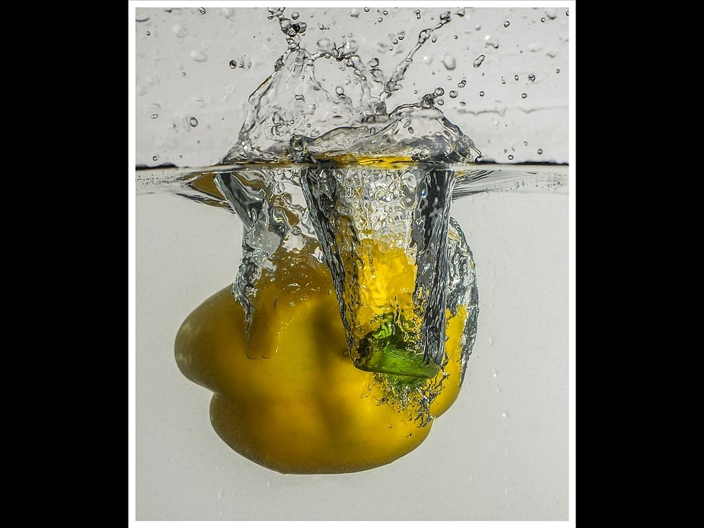Water bombing (c) Ruth Lochrie [Commended]