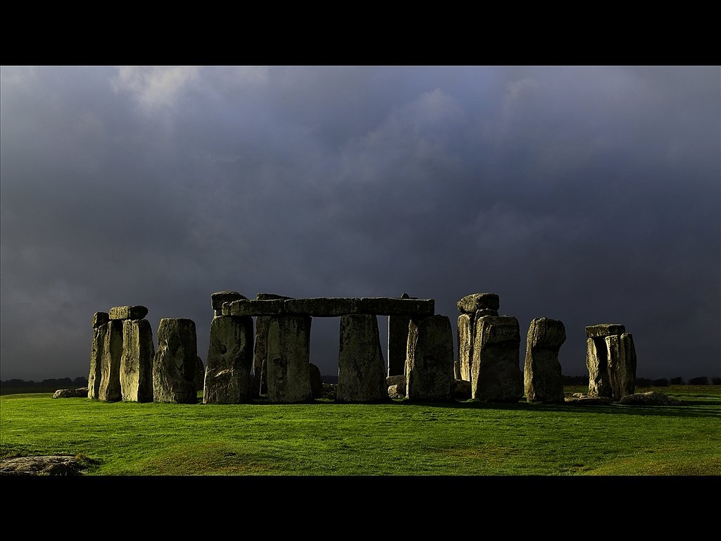 Stonehenge, Fleeting light before the Storm (C) Mike Atkinson
