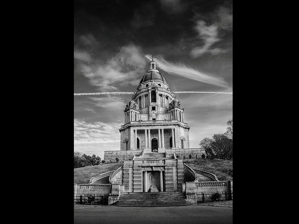 Ashton Memorial (C) Kirsty Railton