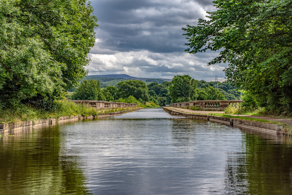 'Aquaduct Approach' Copyright (C) Ruth Lochrie 2019