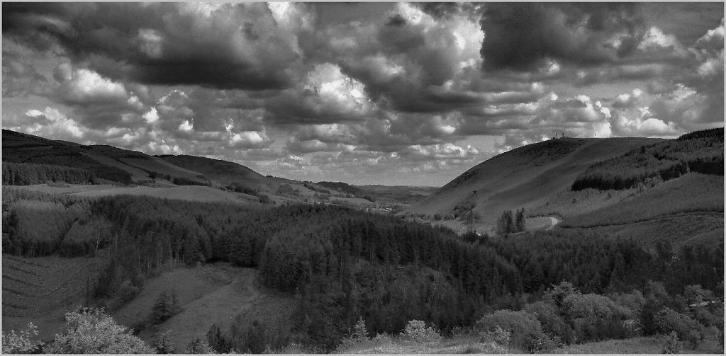 'A view from Sugar Loaf Hill looking north' Copyright (C) Phillip Almond 2019
